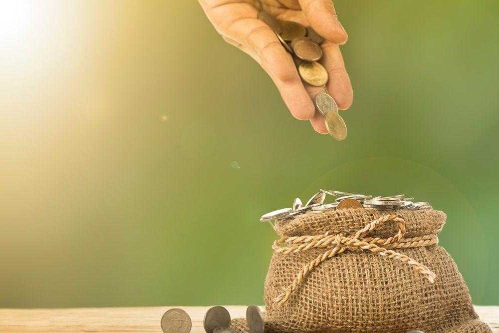 Como começar a poupar dinheiro?